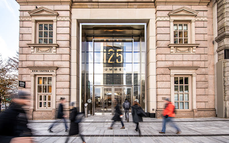 125 Summer Street - lobby